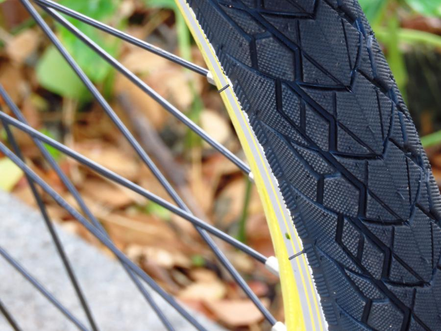 Can You Put Hybrid Tires On A Mountain Bike? 3