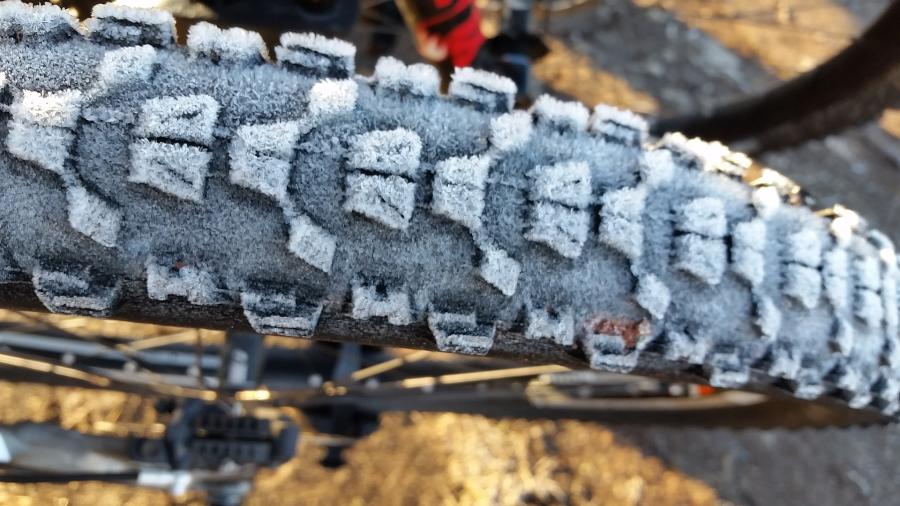 Can You Put Hybrid Tires On A Mountain Bike? 2