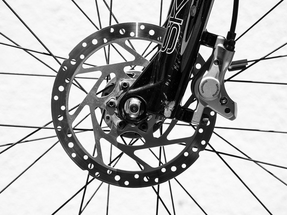 How To Clean A Mountain Bike with Disc Brakes 1
