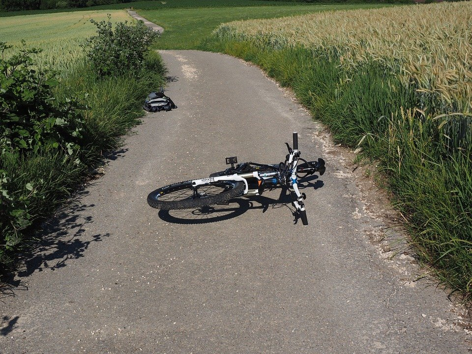 The 5 Dangers of Mountain Biking and how to stay safe 1